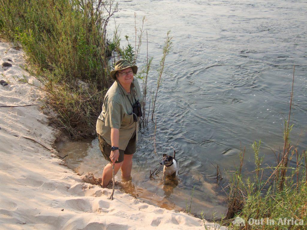 Spielen am Okavango