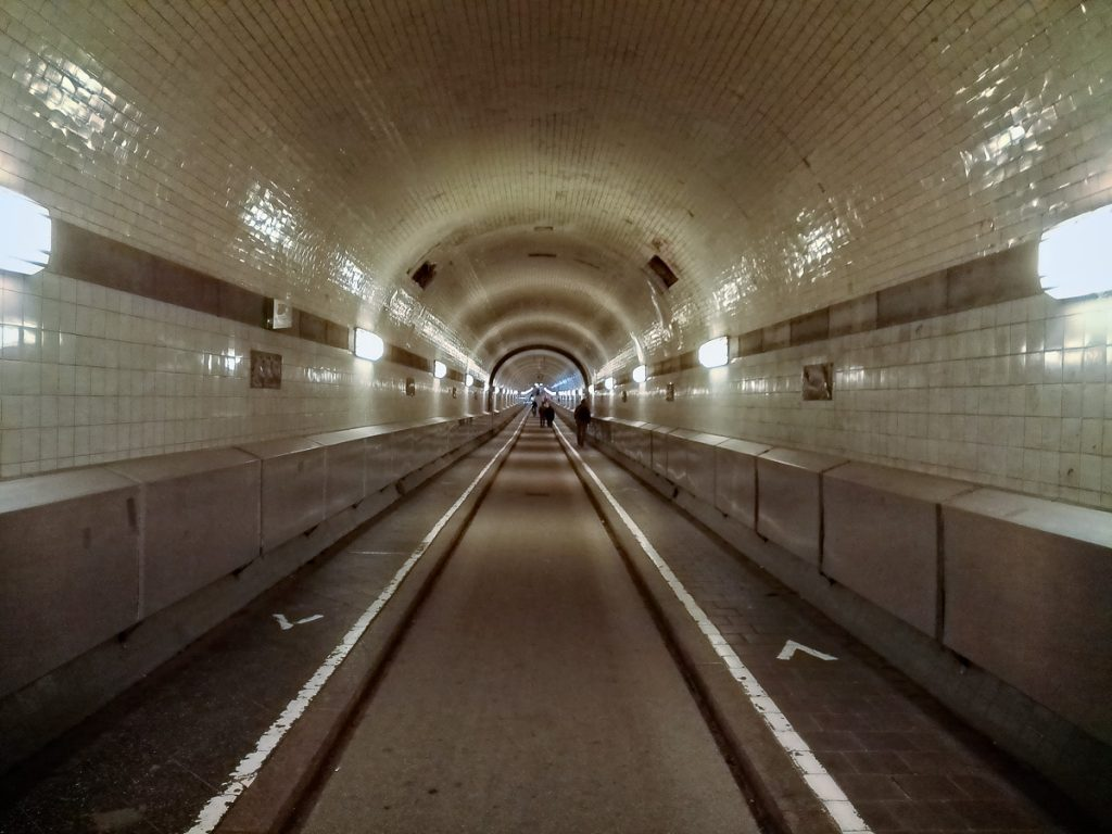 In the Elbe Tunnel