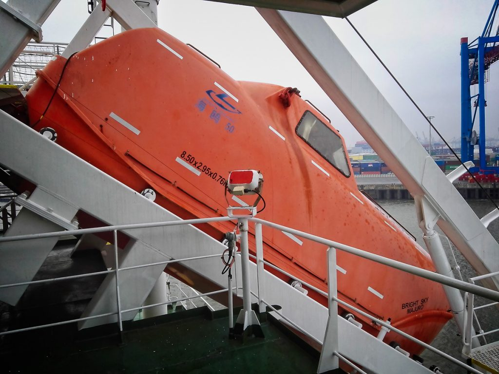 Rettungsboot der Bright Sky