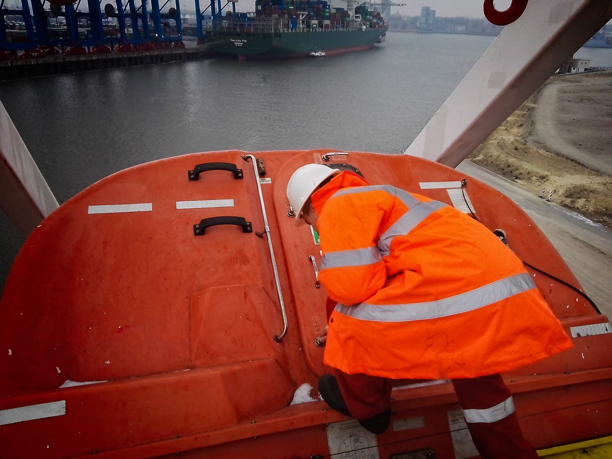 Opening the lifeboat hatch