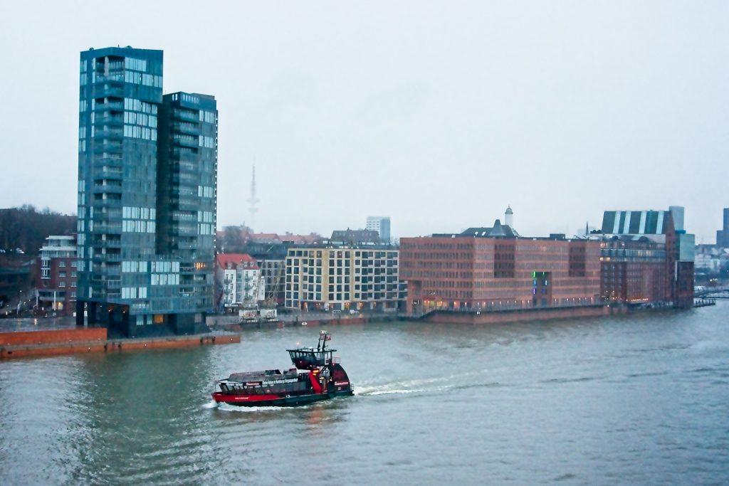 Auf der Elbe in Hamburg