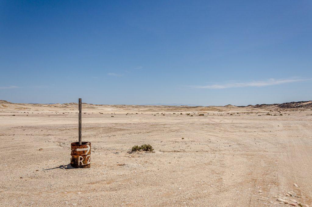 Wegweiser in der Namib